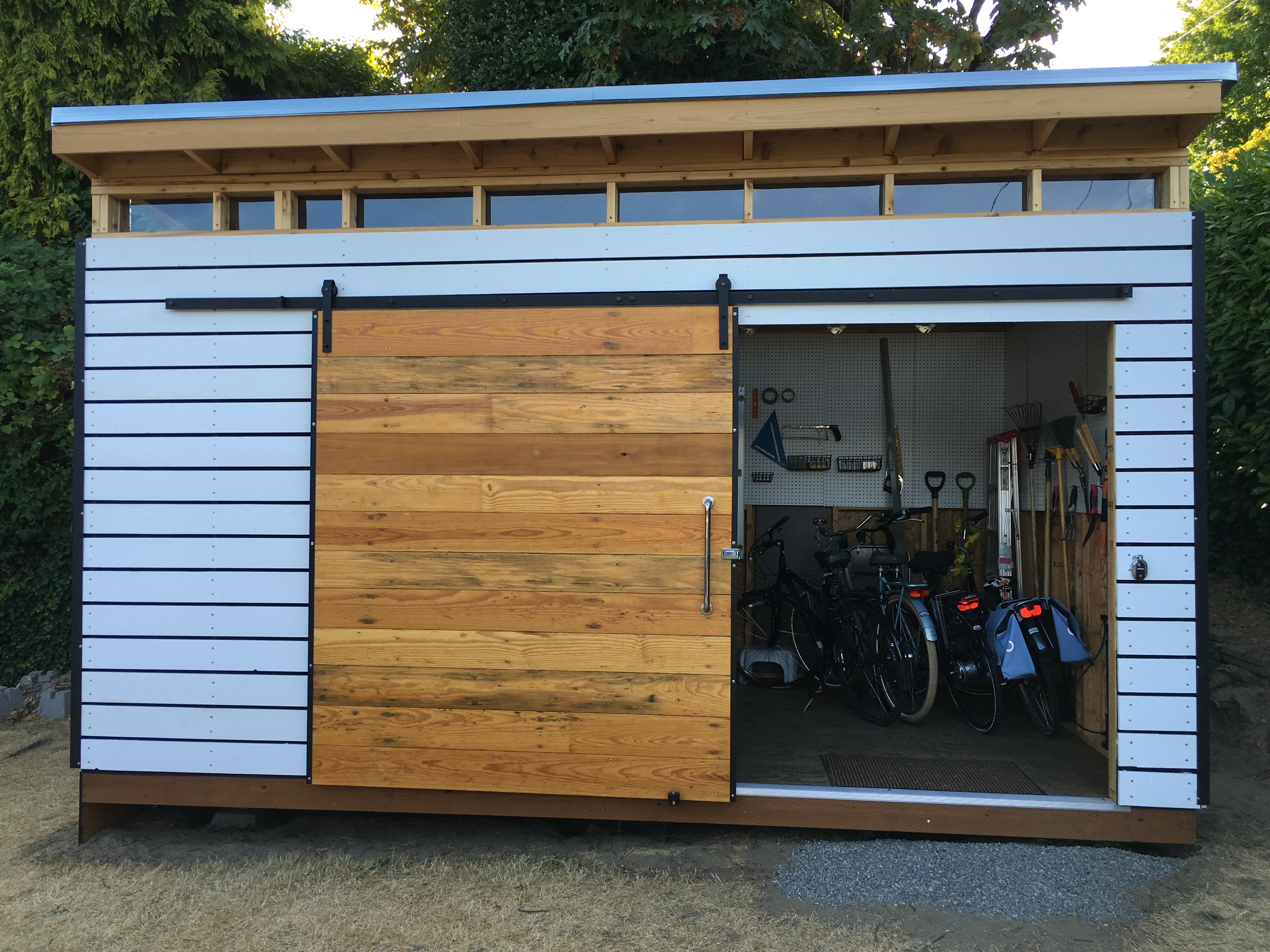 Modern shed assembly for Modern shed